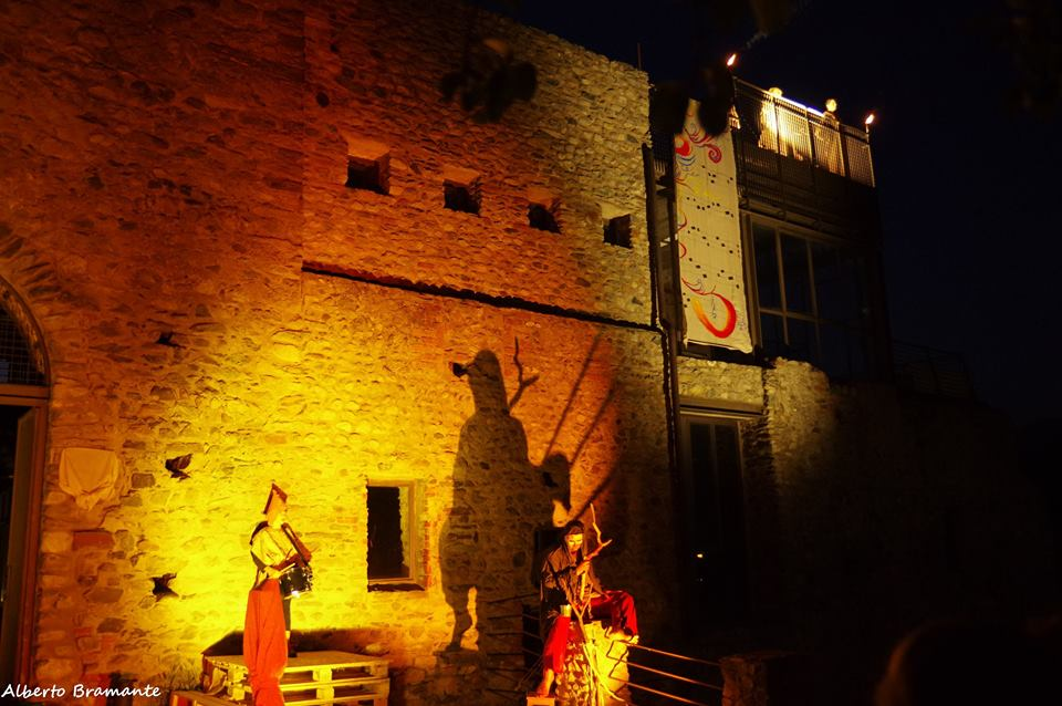 Battaglia delle Chiuse 2015 - Spettacolo sul BREVIARIO al Castello