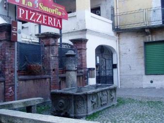 fontana2 700